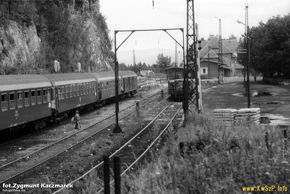 Szklarska Poręba Górna 1978 wagony 110A 111A