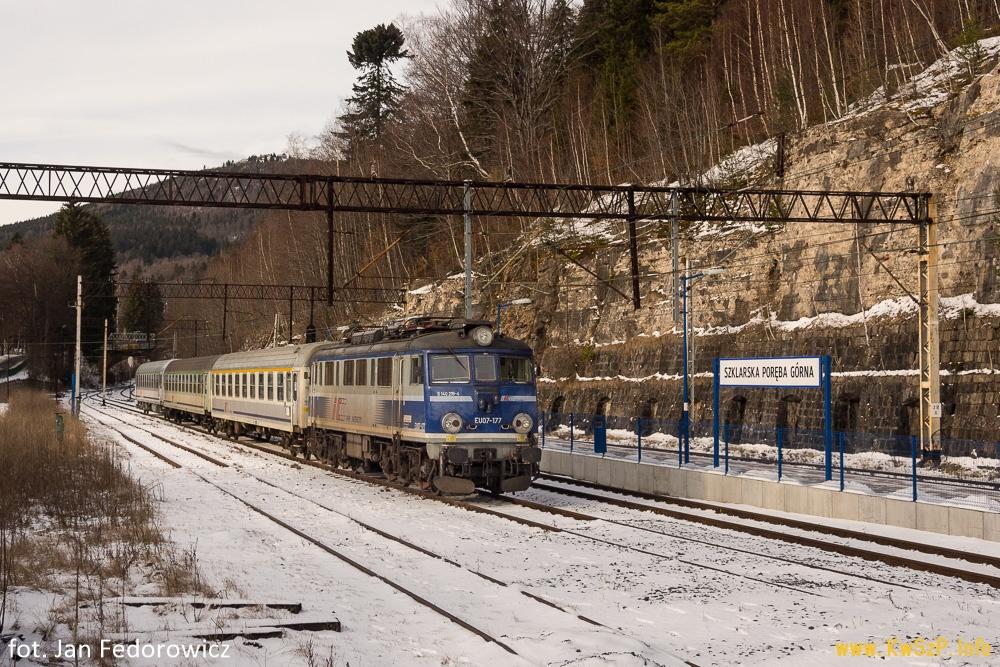 pociąg Szklarska Poręba Jelenia Góra Wrocław Warszawa TLK Aurora